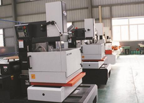 Middle-Filum Cut Machine