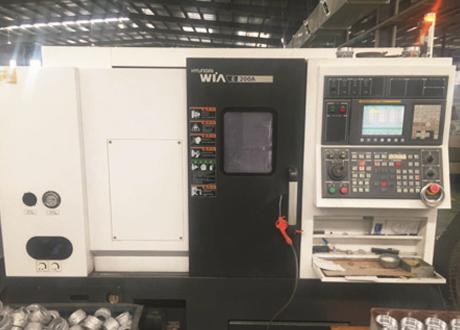 CNC Turning-Lathe